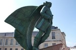 Original title:    Description Français : Place de Châlons en Champagne contenant uns sculpture de Jean Talon . Date avril 2011 Source Own work Author Garitan