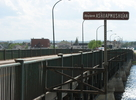 Titre original :    Description Français : Le pont Carbonneau enjambe la rivière Ashuapmushuan à la hauteur de Saint-Félicien (Québec, Canada) Date 28 August 2008 Source Own work Author Clou Other versions Pont Carbonneau.jpg