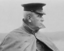 Original title:  General Sir Samuel Hughes watching the departure of the Canadian Expeditionary Force.