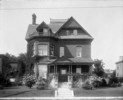 Titre original :  Residence of Sydney Arthur Fisher, M.P.,(Brome, P.Q.), Minister of Agriculture, 286 Charlotte St. Ottawa, Ont.