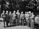 Original title: Rt. Hon. W.L. Mackenzie King, with the Premiers of the Provinces and the ministers of the federal Cabinet, at the Dominion-Provincial Conference on Reconstruction.
