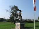 "Original title:    Description English: Statue of Jesse Lloyd in Lloydtown Ontario at the South-West corner of Rebellion Way and Little Rebellion Rd, depicting him in the Rebellion of 1837 gesturing to the South-East, presumably towards Toronto. There is a matching plaque on the South-East corner. Date 16 August 2009(2009-08-16) Source Own work Author AndroidCat  Camera location 43° 59' 25.05"" N, 79° 41' 45.61"" W This and other images at their locations on: Google Maps - Google Earth - OpenStreetMap (Info)43.990291666667;-79.696002777778"