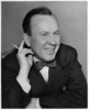 Titre original :  Lester B. Pearson with a pencil.