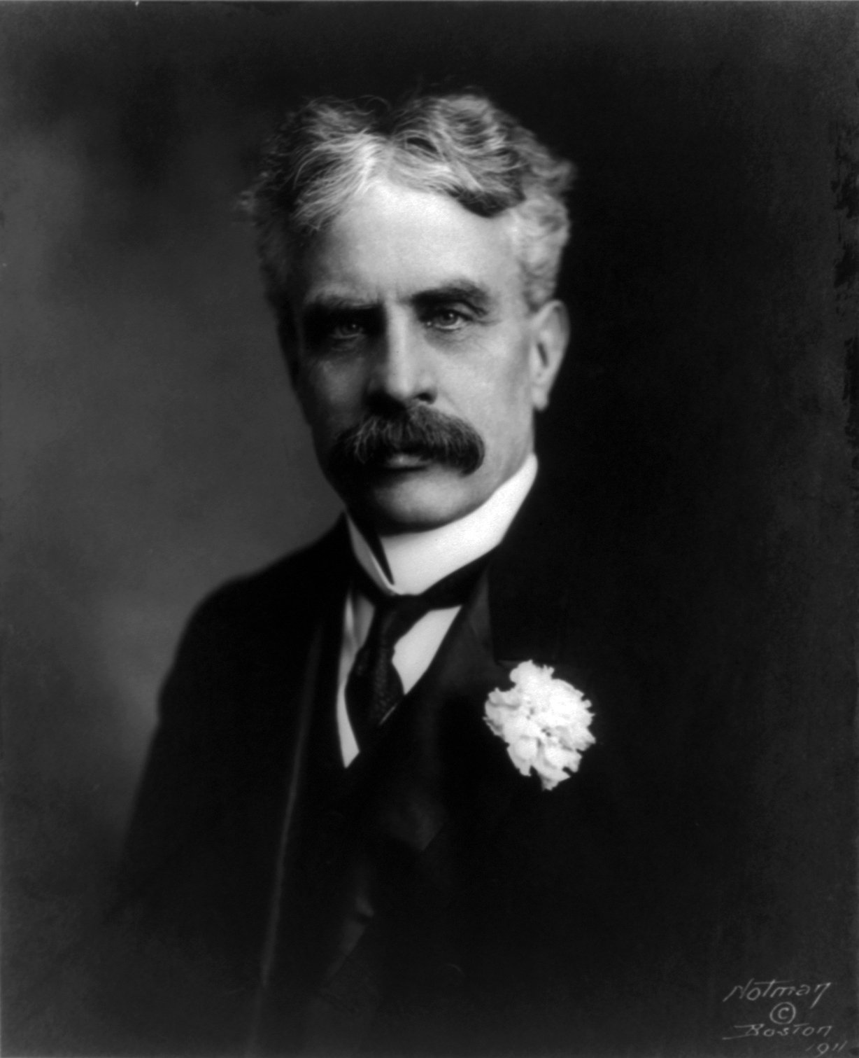 prime minister robert borden and canada's