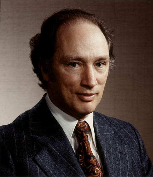 prime minister of canada peire trudeu essay Pierre elliot trudeau: a successful prime minister a great prime minister should always do what is right for canada, no matter what obstacles he or she.