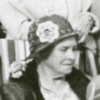 Original title:  Eliza (Elsie) McAlister Cassels. Detail from City of Red Deer Archives image P7611 (https://reddeer.access.preservica.com/uncategorized/IO_8fd0e225-fda8-473d-853d-90492524504a/).