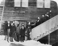 Titre original :  Members of the first Parliament of B.C. (L.-R.:) H. Holbrook, G.A. Walken, W.O. Hamley, C. Brew, H.M. Ball, A.N. Birch, C.W. Frenks, P. O'Reilly, W. Moberly, J.A.R. Homer, H.P.P. Crease.