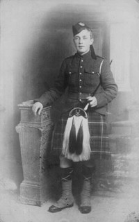Original title:  Piper James Cleland Richardson, V.C. (date of posthumous award 8 October 1916), 16th Battalion, C.E.F.