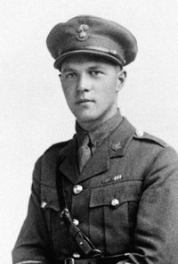 Original title:    Description English: Samuel Lewis Honey VC Date 1917 Source http://www.cmp-cpm.forces.gc.ca/dhh-dhp/gal/vcg-gcv/bio/honey-sl-eng.asp Author Unknown  Died in 1918