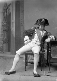 FR:UNDEF:public_image_official_caption Agar Adamson costumed as Napoléon Bonaparte, Victorian Era Ball held in Toronto.