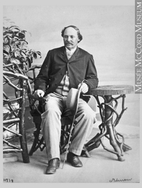 Original title:  Photograph Robert S. Duncanson, artist, Montreal, QC, 1864 William Notman (1826-1891) 1864, 19th century Silver salts on paper mounted on paper - Albumen process 8.5 x 5.6 cm Purchase from Associated Screen News Ltd. I-11978.1 © McCord Museum Keywords:  male (26812) , Photograph (77678) , portrait (53878)