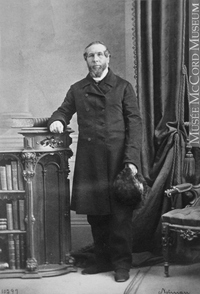 Original title:  Photograph Rev. Alex Topp, Montreal, QC, 1864 William Notman (1826-1891) 1864, 19th century Silver salts on paper mounted on paper - Albumen process 8.5 x 5.6 cm Purchase from Associated Screen News Ltd. I-10299.1 © McCord Museum Keywords:  male (26812) , Photograph (77678) , portrait (53878)