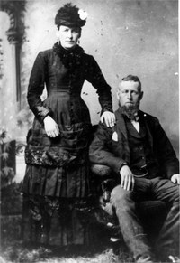 Original title:    Artist Unknown Description English: James Gervé Conroy and Elizabeth Catherine Ó Néill Family photo, taken in Dublin circa 1870. Date 1870 Medium photograph Credit line Rían Dónal ÓNéill ÓMaolChonaire Source/Photographer Own work
