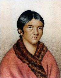 "Titre original :    Description English: A miniature portrait titled ""A female Red Indian of Newfoundland"" which some sources date to 1841. It is believed to be a portrait of Shanawdithit, a Beothuk woman. Most likely a painted copy of Portrait of Demasduit (Mary March), by Lady Henrietta Hamilton (1819, see File:Demasduit.jpg). Although sometimes attributed to William Gosse, the painter was more likely naturalist Philip Henry Gosse (see also Mullen, Gary R., ""Philip Henry Gosse,"" Encyclopedia of Alabama, 26 August 2008, retrieved 9 September 2011) Date 1841? Source http://www.heritage.nf.ca, taken from A History and Ethnography of the Beothuk (1996) by Ingeborg Marshall Author William Gosse more likely Philip Henry Gosse Permission (Reusing this file) PD"