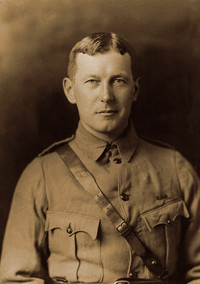 Titre original :    Description English: John McCrae Français : John McCrae Date circa 1914(1914) Source Guleph Museums, Reference No. M968.354.1.2x Author William Notman and Son Permission (Reusing this file) Public domainPublic domainfalsefalse This Canadian work is in the public domain in Canada because its copyright has expired due to one of the following: 1. it was subject to Crown copyright and was first published more than 50 years ago, or it was not subject to Crown copyright, and 2. it is a photograph that was created prior to January 1, 1949, or 3. the creator died more than 50 years ago. Česky | Deutsch | English | Español | Suomi | Français | Italiano | Македонски | Português | +/− Public domainPublic domainfalsefalse This work is in the public domain in the United States because it was published (or registered with the U.S. Copyright Office) before January 1, 1923. Public domain works