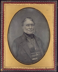 Titre original :  Daguerreotype portrait of Archibald McDonald (1790-1853), Chief Factor of the Hudson Bay Co.