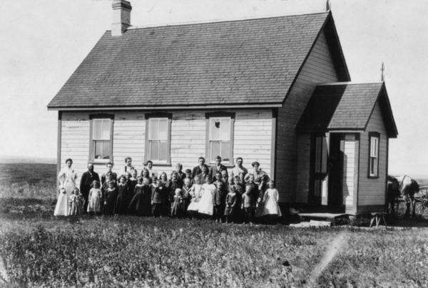 Original title:  Photo Album - Manitoba School Question : Digital Resources on Manitoba History