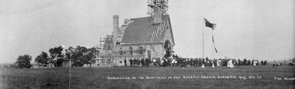 "Titre original :  MIKAN 3370467 Ceremonies at the Dedication of New Acadian Church, Grand Pré, N.S. The Historic ""Land of Evangeline"" showing the Beautiful Dominion Atlantic Railway Park. Aug. 16th 1922 [39 KB, 760 X 231]"